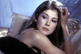 Rosamund PIKE. Bond Girl