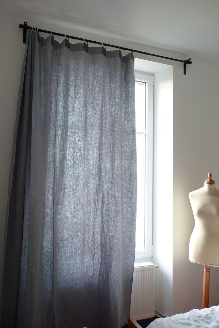 Rideaux confectionnés à partir de draps anciens en parfait état, teintés sur demande, et avec les oeillets composés de cuir et d'anneaux demi-lunes. Rideaux lourds, très jol - 14854739