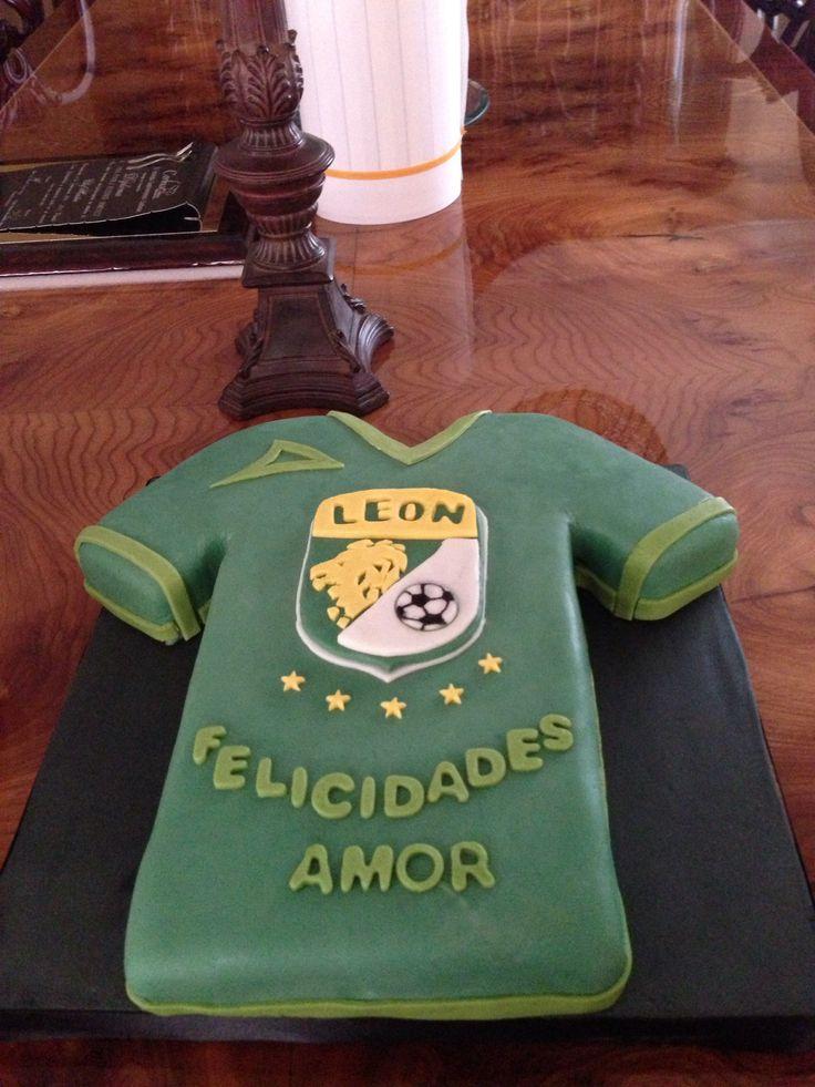Pastel de fondant playera equipó León | cakes