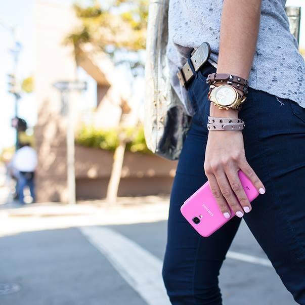 Apporter de la couleur à votre tenue avec votre coque de #Galaxy ! #Samsung #Style #Couleur