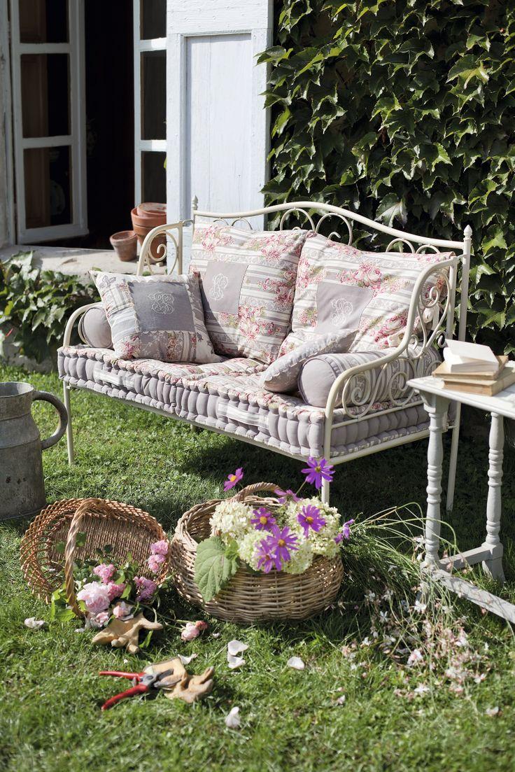 1000 idées sur le thème meubles de patio en osier sur pinterest ...