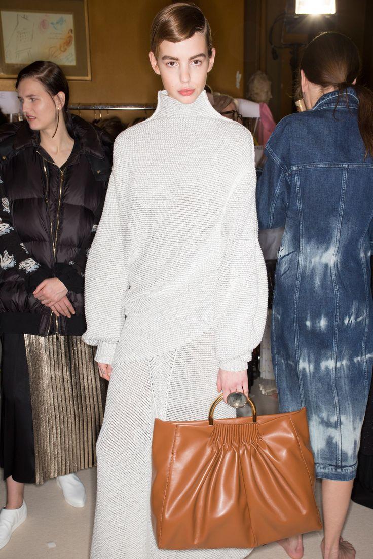 Stella McCartney Fall 2016 Ready-to-Wear Fashion Show Beauty