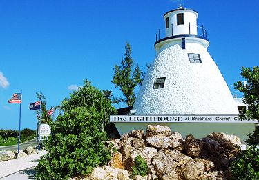 Lighthouse Restaurant | Grand Cayman
