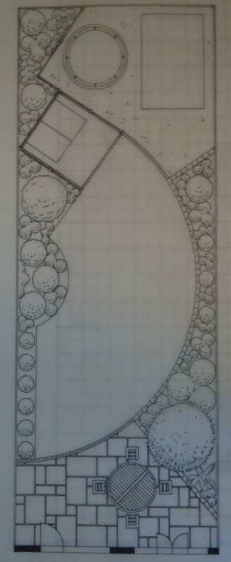 Curved garden plan.