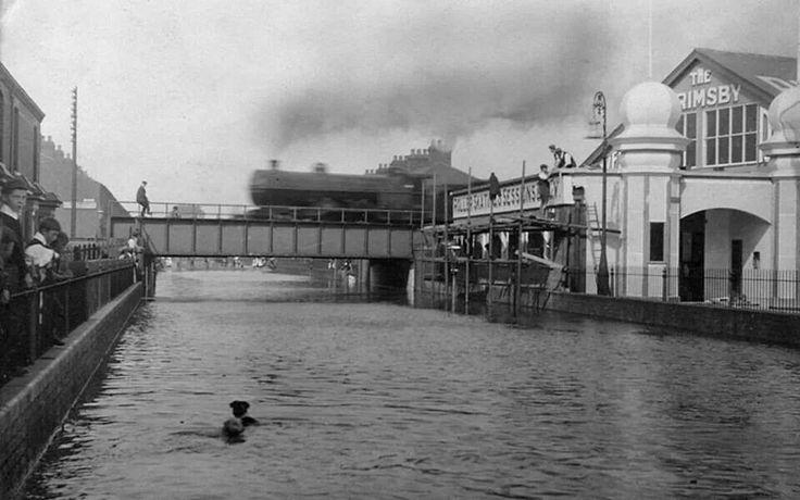 Wintringham Road underpass when it flooded in 1953