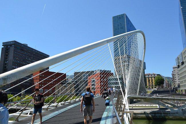 Brug van Calatrava in Bilbao (Baskenland) #Bilbao #Baskenland #vakantieSpanje #DesignSpanje