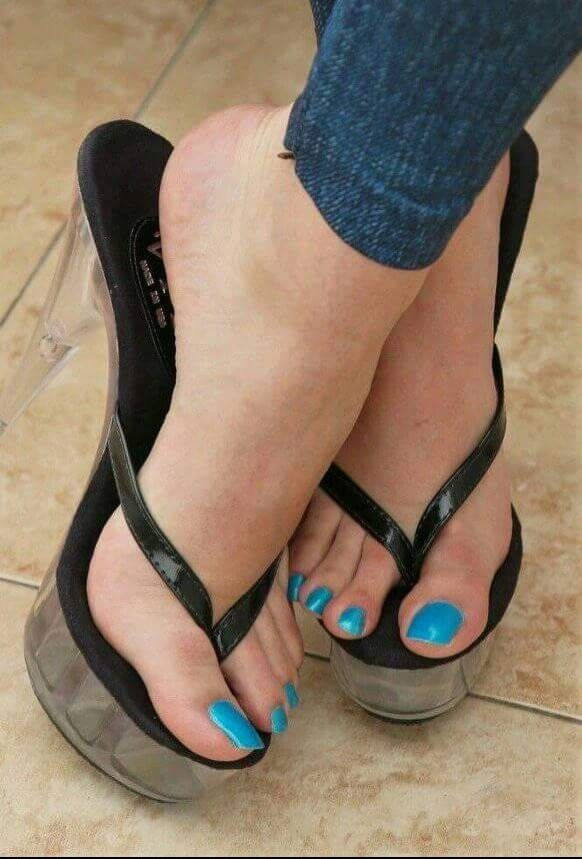 Best 25 Sexy Feet Ideas On Pinterest White Strappy High