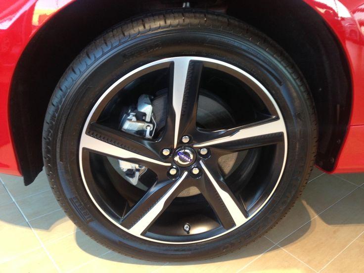 Wheel view of the volvo xc60 r design