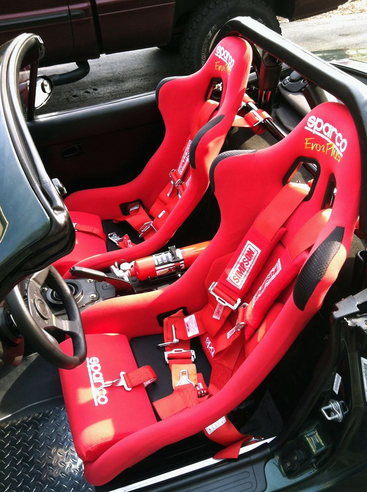New Sparco race seats and Simpson belts for my Miata...