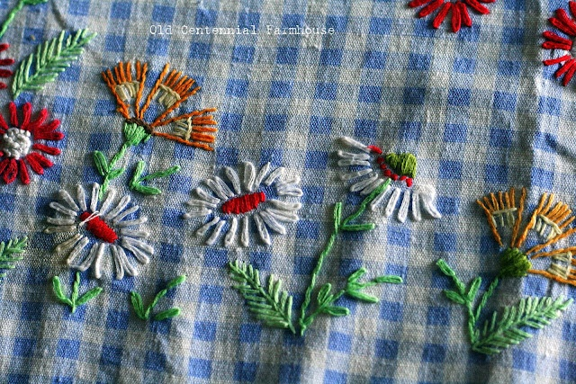 Old Centennial Farmhouse: Vintage Finds: Embroidery Work on Gingham