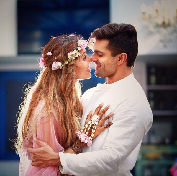 """Bipasha Basu is All """"Flowered"""" Up In Her Sangeet and Mehendi Ceremonies! - Eventznu.com - The fashion and beauty blog"""
