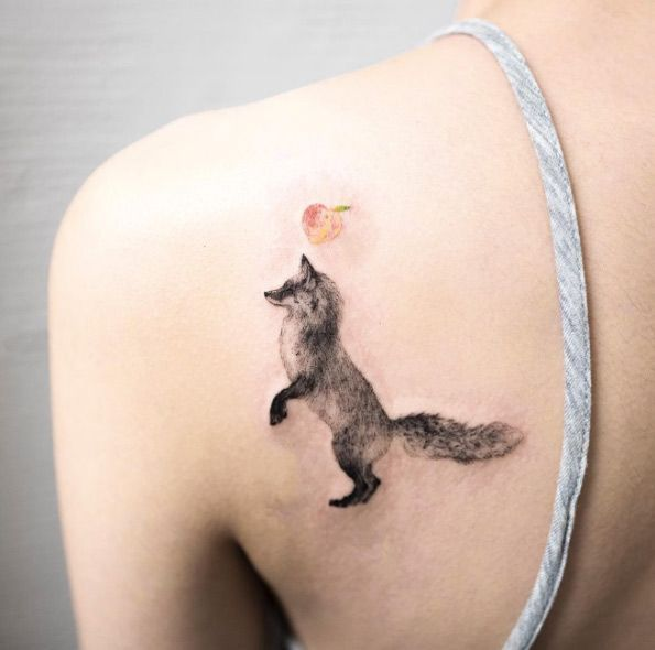 Fox tattoo on back shoulder by Hongdam