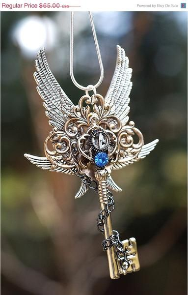 I found 'Epic Winter Key Necklace by KeypersCove on Etsy' on Wish, check it out! - I NEED THIS GORGEOUS NECKLACE!