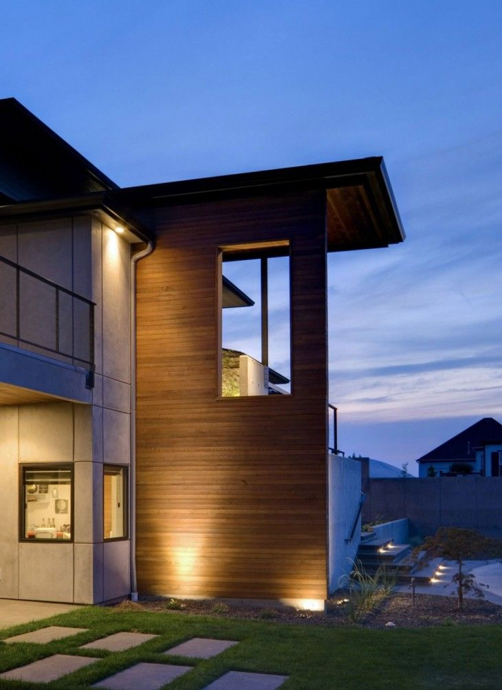 Outdoor-Mountains-Home-Design-with-Beautiful-Lighting-in-the-Corner-Angles-Mountains-Home-Design