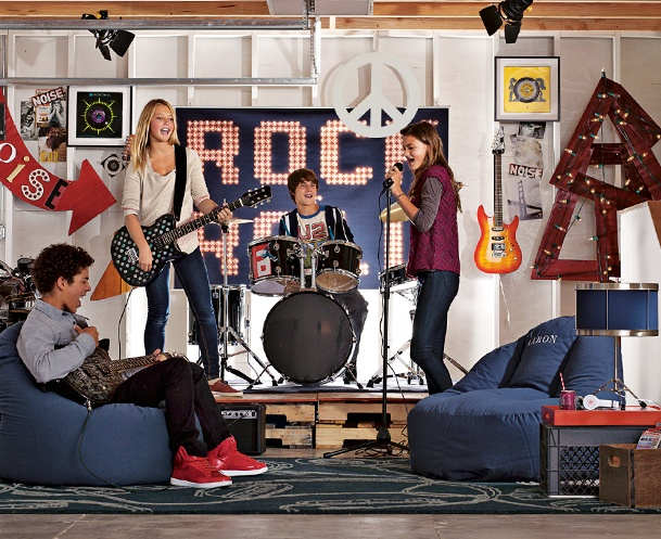 Leanback Garage Band Lounge (converting the playroom into a kid lounge - I like this idea)