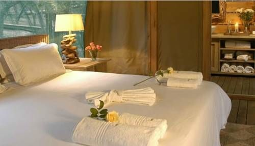 Spend a romantic weekend away with us at Summerfields Rose Retreat and Spa
