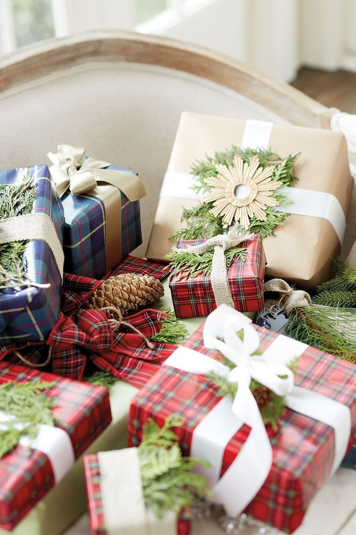 Gift Wrapping Tips from Suzanne Kasler, Bunny Williams, and Susanna Salk
