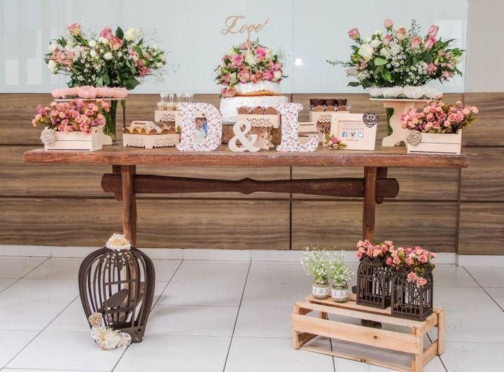 """♥♥♥  CASO REAL: O noivado DIY da Lilian e do Dione """"Nunca mais vou esquecer de como os olhos dele brilhavam ao falar de mim, um emoção que eu jamais imaginei sentir. Tenho certeza de que nos apaixona... http://www.casareumbarato.com.br/caso-real-o-noivado-diy-da-lilian-e-do-dione/"""