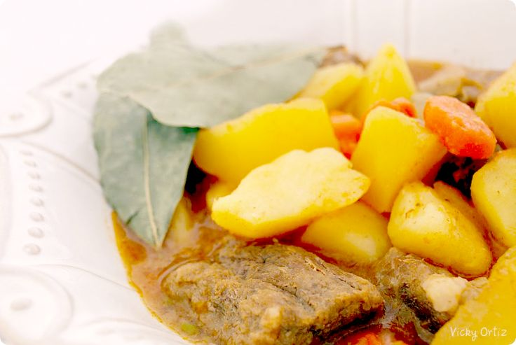 Guiso de ternera con patatas: Kitchen With, Thermomix Salt, Beef, Spoon, Meat, With Potatoes, Kitchen, Salt Recipes, With The