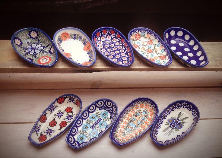 Подставки под ложки /  support under spoon #посударучнойработы #керамикаручнойработы #посуда #ceramics #pottery #polishpottery ceramic tableware   pottery   polish pottery   boleslawiec   посуда   керамическая посуда   польская керамика   польская посуда   болеславская керамика   керамика