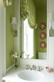 Girly Bath; Victoria Neale Interiors