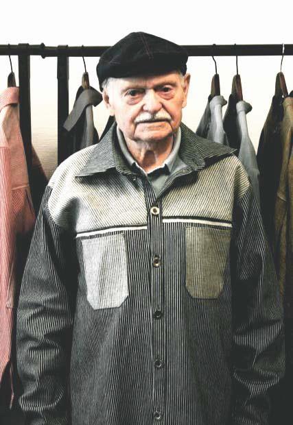 Handmade shirt by Sylvia Denais - www.sylviadenais.com