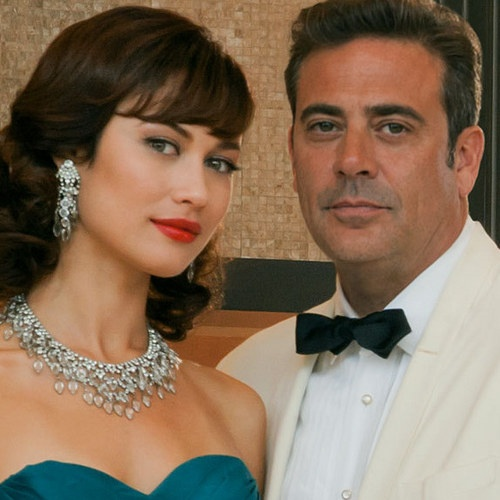 Magic City Season 2 Debuts June 7th on Starz -- Jeffrey Dean Morgan returns as Miami hotel owner Ike Evans, who does battle with the mob in this new season of the hit Starz series. -- http://wtch.it/bJXbf