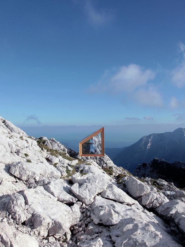 Alpine shelter, Skuta