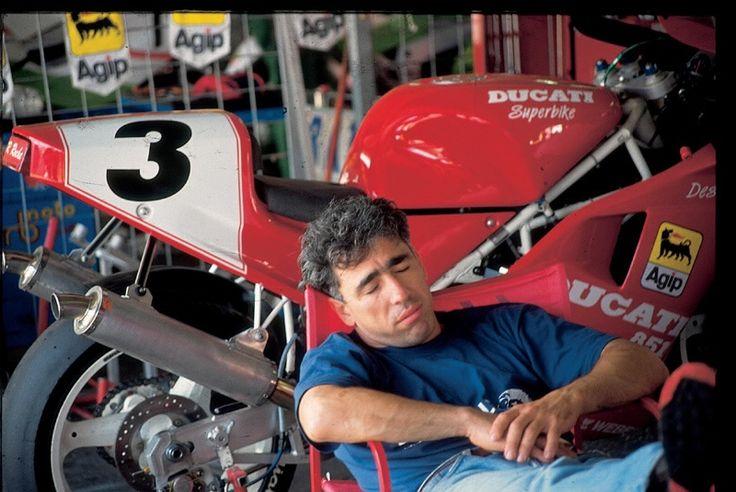Ducati 851 (I)  1990 - Titolo mondiale piloti con Raymond Roche (F)