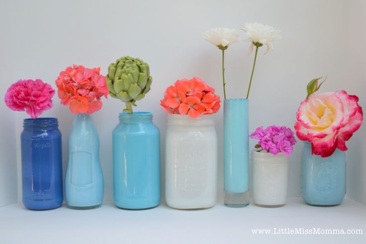 DIY Painted Mason Jars, repurposed jars into vases for a dinner party table setting on Little Miss Momma.