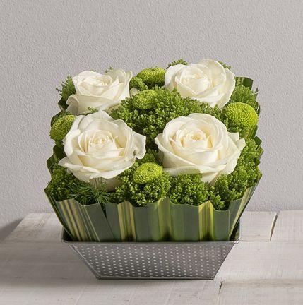 1000 id es propos de roses blanches sur pinterest centres de table simples mariages. Black Bedroom Furniture Sets. Home Design Ideas