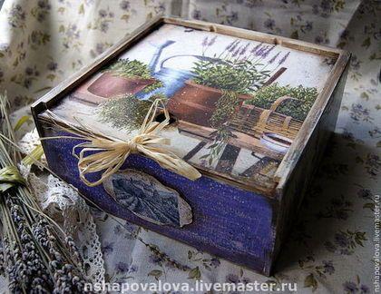 Купить или заказать Короб 'Лаванда Прованса' в интернет-магазине на Ярмарке Мастеров. Лето...Франция...Прованс....Лаванда.... Короб для хранения специй, трав или чая... Внутри-натуральное дерево, 3 отделения…