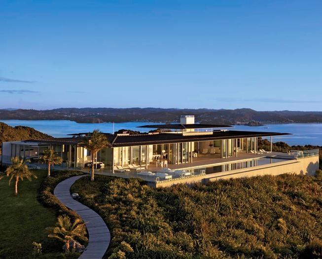 Eagles Nest. Bay of Islands