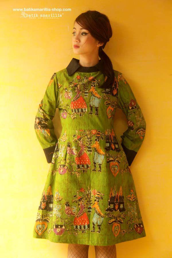 Batik Amarillis's Wednesday dress ... Chic dress accented with a crisp contrast collar and matching cuffs. material : hand drawn batik wonogiri Dutch folk art  series available at Batik Amarillis webstore/website on http://batikamarillis-shop.com/