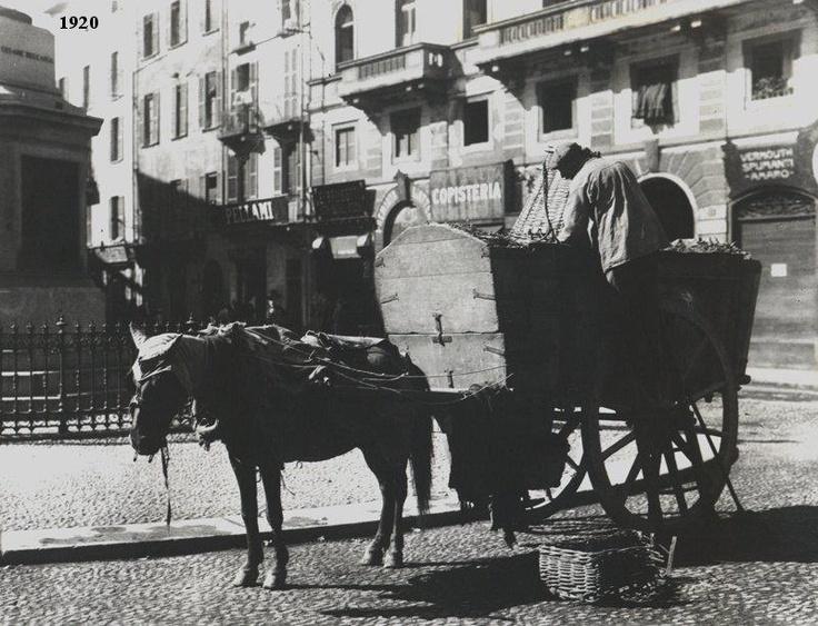Carro della spazzatura a Milano