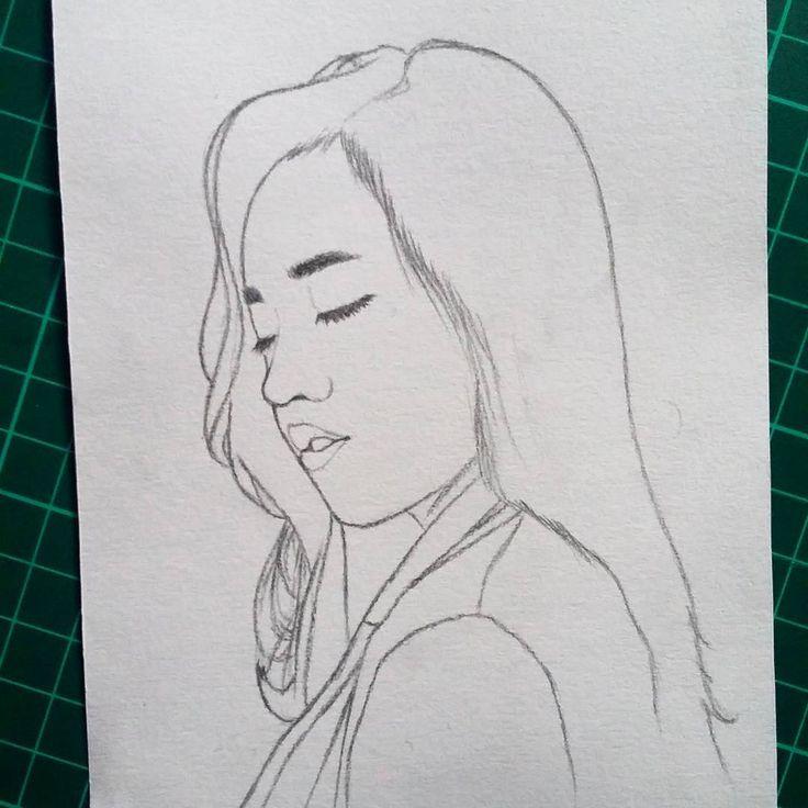 Quick sketch.  Random model.  #instasketch #sketch #sketcher #sketching #art #artwork #artworktoday #artworks_artist #artoftheday #draw #drawing #handdrawn #illustration #illustrator #canson #paper #potrait #potraitdrawing #pencil #brush #iglobalpics #instapic #instagram #instadaily #instalike #picoftheday #makassar #instamakassar #vsco #vscocam