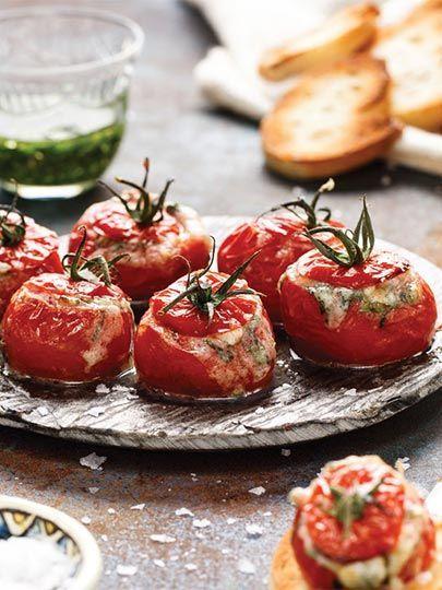 Ezine peynirli ve fesleğenli domates dolması Tarifi - Türk Mutfağı Yemekleri - Yemek Tarifleri