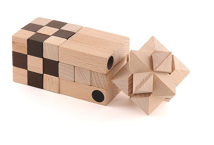 Set di tre piccoli rompicapo in legno di betulla: CUBO, DADO, STELLA ALFA