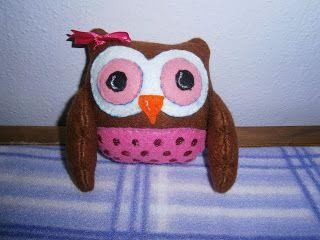 Lia B. Creations: Felt Owl
