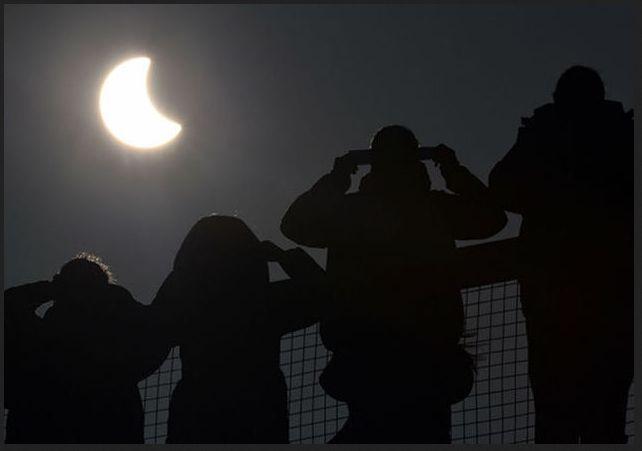 Awas !!! Jangan Lihat Langsung Gerhana Matahari Total, Bisa Buta Permanen ! | Dokter Galau | Situs Informasi Kecantikan dan Kesehatan Terlengkap