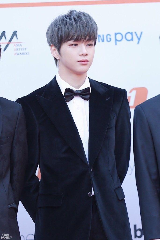 Wanna One Kang Daniel AAA Red Carpet