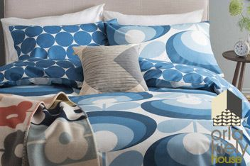 Orla Kiely Seventies Flower Oval Marine Duvet Cover