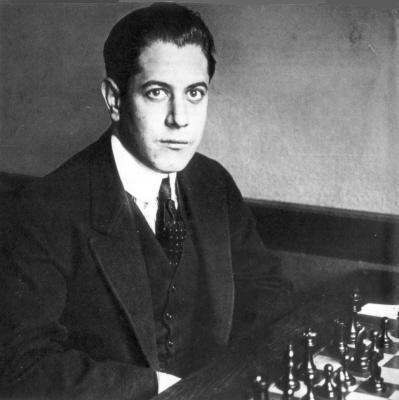 Resultados de la Búsqueda de imágenes de Google de http://www.chesshistory.com/winter/extra/pics/capablanca22.jpg