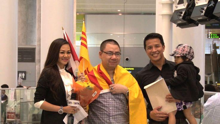 Blogger Đặng Chí Hùng đến Canada tỵ nạn chính trị (Toronto 10.09.2014)