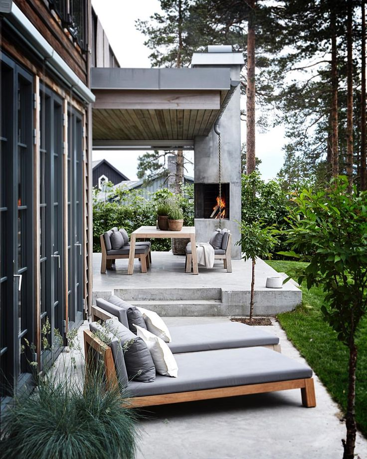 """2,251 likerklikk, 38 kommentarer – INTERIØR Magasinet (@interior_magasinet) på Instagram: """"Coverstoryen denne gang er hjemme hos interiørarkitekt Gry Thalberg som jobber for Slettvoll. Hun…"""""""