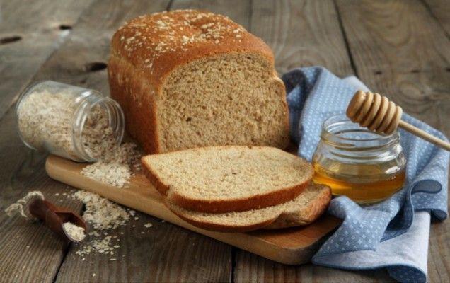 Σπιτικό ψωμί με μέλι και κουάκερ - iCookGreek