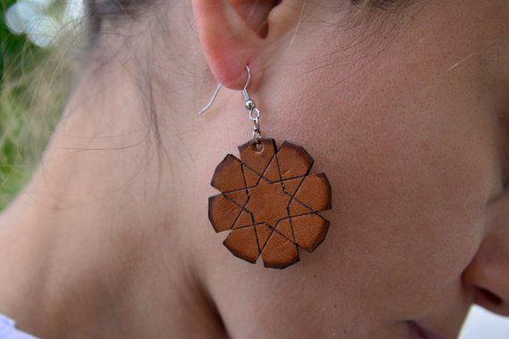 Leather earrings geometric star / moroccan earrings / door NHLdesign