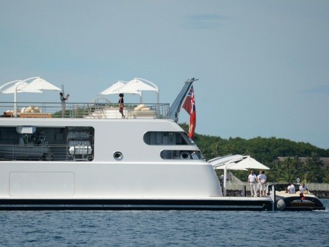 04-17-2017   Barack and Michelle Obama spent Good Friday on billionaire music mogul David Geffen's $300 million yacht off the coast of Mo'orea