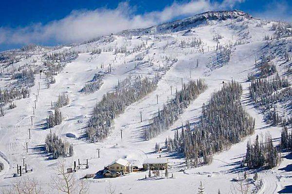 BRIAN HEAD RESORT UTAH   Most new snow December 26, 2014