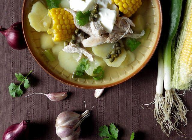 Celiak w podróży: Kolumbijskie ajiaco, czyli zupa ziemniaczana z kur...